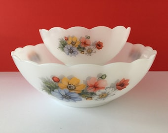 Vintage Arcopal Anemone Scalloped Mixing Bowls