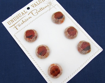 """Hand Etched Lucite - Plastic Buttons - Set of 6 - 15/16"""" Root Beer color buttons 40s-50s """"Fashion Buttons"""""""
