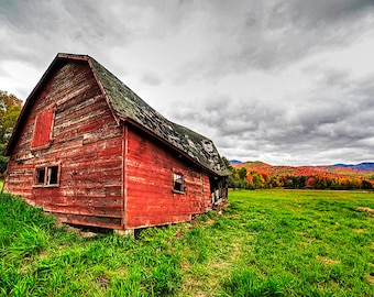 Dilapidated Barn Keene Valley New York,Red Barn, Upstate New York, Keene NY, Keene Valley, Barn Print, Barn Photography, Barn Art
