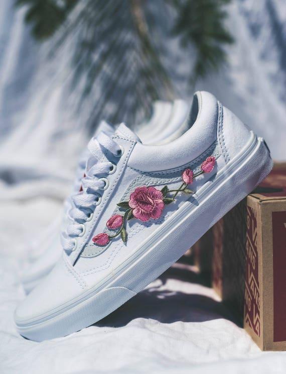 vans bordado rosas