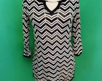 999a8f845e016f White House Black Market Chevron Zig Zag Stitch Tunic Size S Keyhole  Neckline