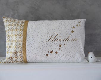 Customizable cushion, white and Gold 30 x 60 cm with name and stars