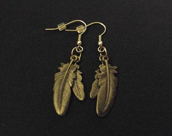 BLACK FEATHER Charm Earrings Stainless Steel Ear Wire Silver Metal Unique Gift