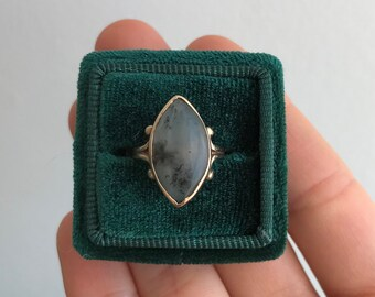 Victorian Moss Agate Navette Ring in 10K Yellow Gold circa 1890