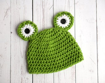 Green frog adult hat, crochet animal hat - made to order