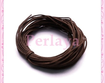 10 meters of REF586X2 Brown waxed cotton thread