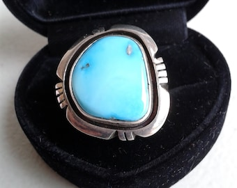 Vintage Ring - Native American Sterling Silver And Turquoise Handmade ring