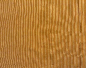 4 coupons of silk and lightly pleated linen printed Pinstripe
