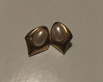 Gold with Pearl Vintage Costume Jewelry. Post Back
