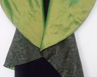Vest-green raw silk collar absinthe green brooch lined bronze large golden ramage