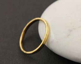 Set of 2  Stackable rings, Hammered  rings. stacking Knuckle rings,  24K Gold Over Sterling Silver (VM-7010)