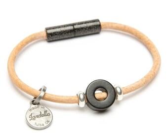 Leather Magnetic Landella Single Black Disc Bead Bracelet