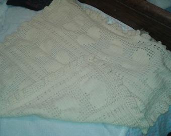 Filet heart baby blanket