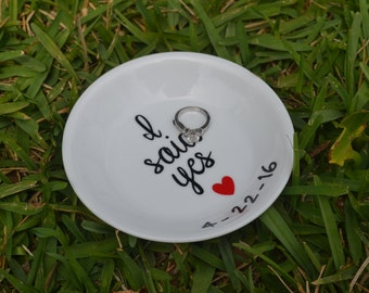 Engagement Gift, Ring Dish, Ring Holder, Personalized Ring Holder, Jewelry Dish, Jewelry Holder, Wedding Gift, Bride to be, wedding shower