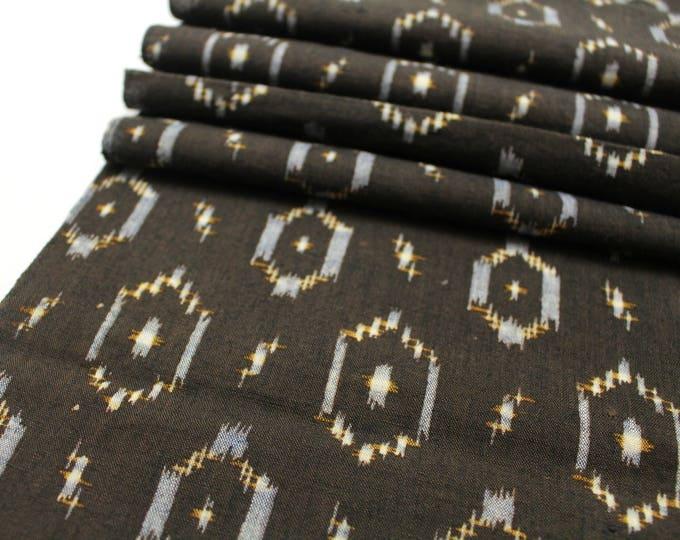 Japanese Vintage Kasuri Ikat. Woven Indigo Cotton. Traditional Folk Fabric. (Ref: 1890)