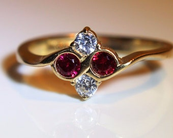 Art Deco style Ruby CZ Quatrefoil 9ct Yellow Gold Bypass Ring size P ~ 7 3/4