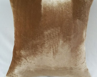Housse de coussin velours. Coussin velours café de glace. Velours marron café clair. Pêche en velours sur mesure faite. 16 x 16 jusqu'à 26 x26 disponible