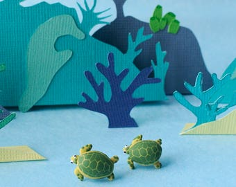 Sea turtle post earrings - Great Barrier Reef creatures - Green and Yellow - Gift for nature lovers