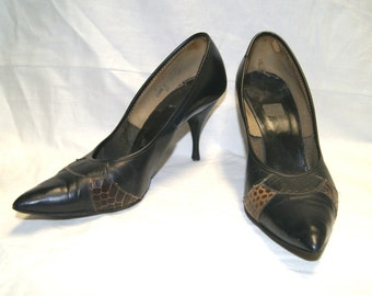 Vintage 50s Ladies Black Leather Alligator Accent Heels By Queen Craft - Size 9 AA/B