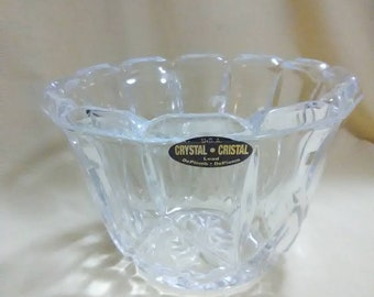 Vintage. Lead crystal bowl or vase