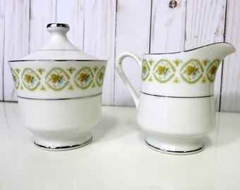 Vintage China Sugar Bowl and Creamer, China Sugar Bowl and Creamer, Kessington Fine Chine, Wellesley 6220-KA -V307