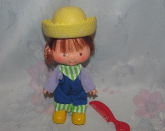 Vintage American Greetings/Kenner Strawberry Shortcake - Huckleberry Pie Doll with Outfit, Shoes, Yellow Hat - Marks on Hat