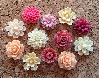 Flower Thumbtacks or Magnets Set of 12 - (#164) dorm decor, hostess gift, weddings, bridal shower, baby shower, gift, teacher gift