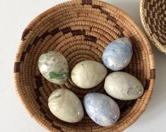 beautiful vintage ceramic eggs / marble look / spring decor