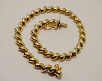 """14k Yellow Gold 11 Grams weight 7.5"""" Inches Long Bracelet."""