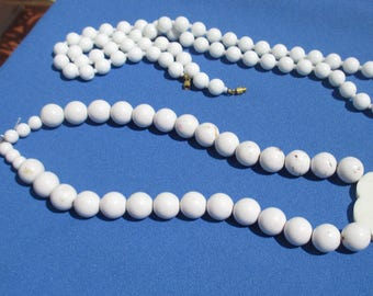 Lot Of Retro White Beaded Necklaces Stained Beads TLC
