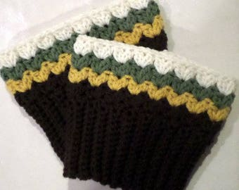 Ridges and Shells Crocheted Boot Cuffs