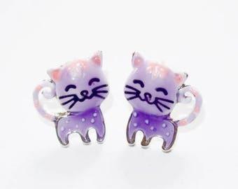 Ear studs kittens