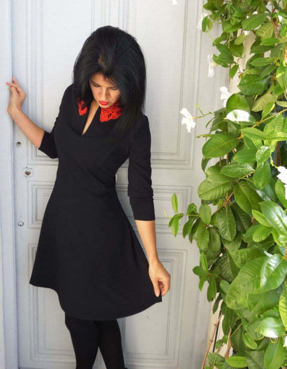Black dress with a red lace collar. Vintage style, 3/4 sleeves.
