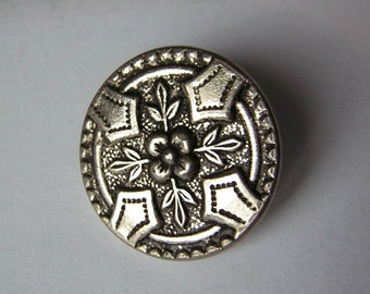 """Beautiful little antique button, flowers, foliage, silvery color, 0.95"""""""