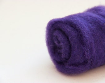 Needle felting wool, .5 oz, florence - purple.  Maori wool blend of coopworth and corriedale. Wet felting, needle felting, carded batts.