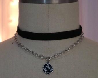 Enchanted Black Rose Choker in Silver