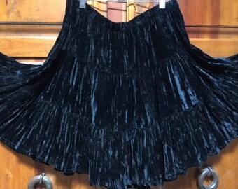 Vintage 90's - Western Double D Ranch Short Black Tiered Velvet Skirt