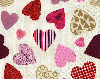 167 the hearts 1 lunch size paper towel