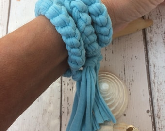 Boho Bracelet, Crochet Bracelet, Blue Braided Bracelet, Boho Hippie, Teen Gift, Textile Jewelry, Summer Accessories, Fringe Jewellery, Gift