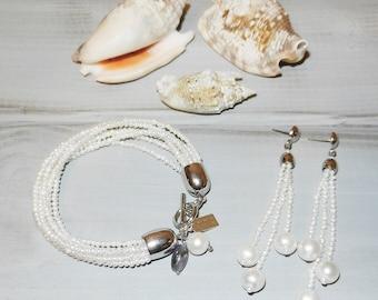bracelet and earrings. natural pearls