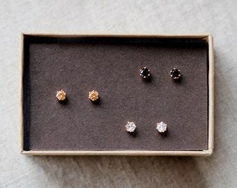 nova trio - tiny gold stud earrings by elephantine