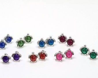 Turtle stud earrings, stud earrings, minimalist earrings, turtle jewelry, Surgical steel, Tiny stud earrings, Turtle earrings