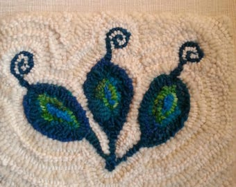 Curly Pods Wool Hooked Mat Rug Hooking Wool Fibre Arts