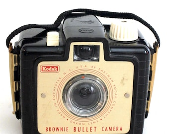 Kodak Bakalite Brownie Camera W/ Original Strap