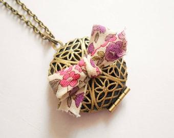 locket necklace, liberty locket necklace, medallion locket necklace, liberty necklace, photo necklace - retro medallion - vintage necklace