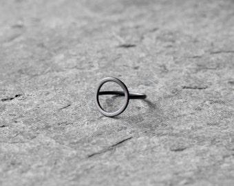 Circle ring, sterling silver minimalistic circle ring, geometric ring, geometric ring, simple ring, eternity ring