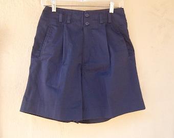 90s nautical shorts / navy blue shorts / high waisted shorts / pleated shorts / womens sm xs, 28 waist
