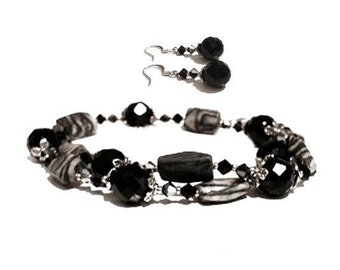 Crazy Black Lace Agate and Faceted Crystal Beaded Jewelry Set