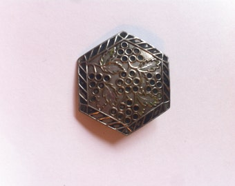 Beautiful 50s silver metal etched antique vintage brooch retro jewellery jewelry