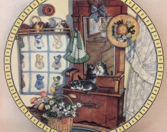 Knowles Cozy Country Corners Collector Kitty Plate - 'Mirror Mischief (#180)